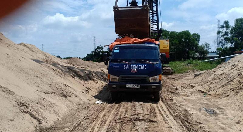 Cung cấp và vận chuyển cát xây tô tới tận công trình