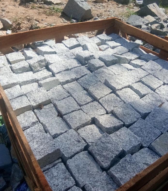 Mua đá chẻ 15x20x25 giá rẻ tphcm